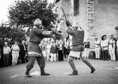 organisation-anniversaire-animation-combat-medieval-poppins-evenements