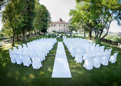 organisation-ceremonie-laique-devant-le-chateau-chapeau-cornu-poppins-evenements