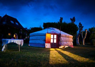 organisation-evenement-yourte-habitat-insolite-poppins-evenements