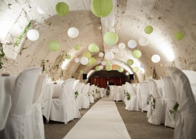 organisation-mariage-boules-chinoises-anis-blanc-poppins-evenements
