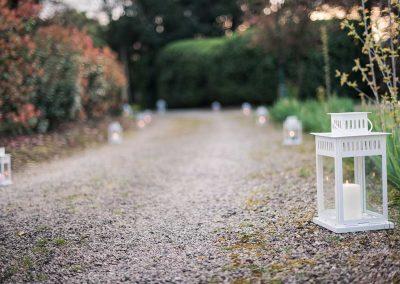 organisation-mariage-chemin-de-lanternes-poppins-evenements