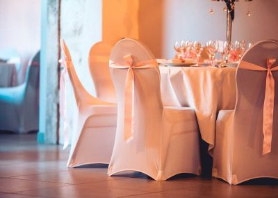 organisation-mariage-habillage-chaise-poppins-evenements